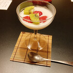 nihonryourioosakakourimbou - 水菓子 ココナッツミルク寄せ