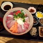 Kameyamamanabu - 海鮮丼