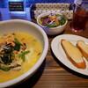 パスタ・アマーレ - 料理写真:サーモン・シメジ・法蓮草のチーズバター