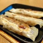 紅虎餃子房 - 鉄鍋棒餃子