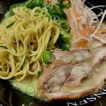 門扇 - 麺とチャーシュー
