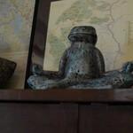 146994761 - 瞑想中のカエルさん♪
