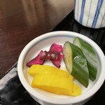 Kandamatsuya - 漬物3種類