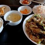美味亭 - 料理写真:回鍋肉