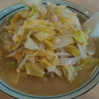 塩山館食堂 - 料理写真:野菜多めのタンメンです