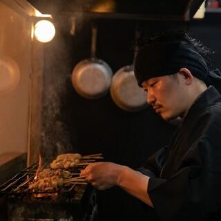 高級備長炭で焼き上げる本格炭火焼料理!
