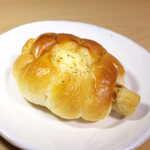 ザ パン屋 ブルーベリー - 料理写真:ちくわロール(¥149)。沼津にもありました! ちくわパン!