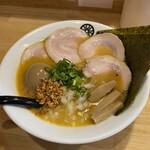 葵春堂 - 特製味噌ラーメン・中太麺。1120円。