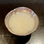 147018665 - 蛤の出汁