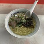 ぎょうざ飯店 - 料理写真:Wラーメン