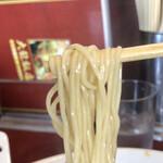 大龍飯店 - 麺アップ