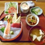 金寿し - 料理写真:ちらし寿司御膳(大盛り)