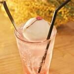 桜キッチンカフェ - 桜のクリームソーダ