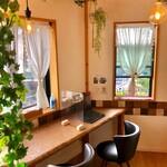 桜キッチンカフェ - 2階 角席