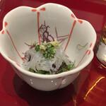 日本ばし すし鉄 - 白魚