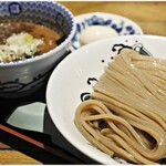 松戸中華そば 富田食堂 - 料理写真:濃厚つけ麺  900円