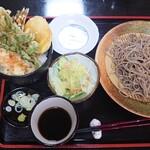 蕎麦一 - 料理写真:えび入りミニ天丼ともり