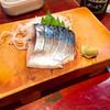 忠八 - 料理写真:しめさば100円別