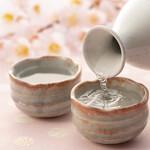 和食日和 おさけと 日本橋室町 - 桜と日本酒 花見酒