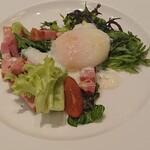 レストラン ラタン - 温玉サラダ