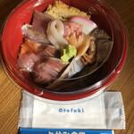 一と休み食堂 - 料理写真:海鮮丼