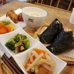 オムスビ+カフェ オム - 料理写真: