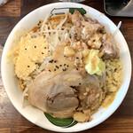 雷 - 料理写真:雷味噌 中(ニンニク増し)+トロ豚