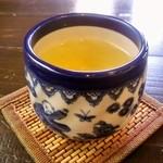 雪花の郷 - セットのウーロン茶、この日は【阿里山茶】上品な香り♡