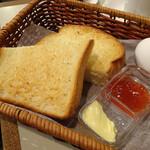 アロマ 珈琲 - モーニングトースト