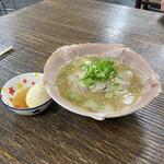 中華そば 紅蘭 - チャーシュー麺煮卵