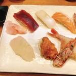 一寸法師 - 特上握り寿司(1,800円)