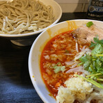 豚星。 - 限定 トムヤムタイツ君(1,000円)+つけ麺(80円)、ニンニクコール