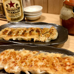147206122 - ニラにんにく餃子と生姜餃子