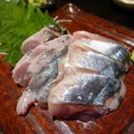 楽や - 北海道 生 秋刀魚のお刺身