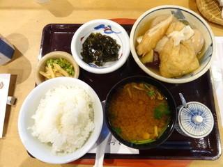しづか - おでん定食(840円)