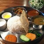 ネパールレストラン サスラリ -