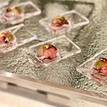 トスティーナ - 桜水信玄もち@大納言、白いんげん、ウグイス豆、桜の美しいレインドロップ