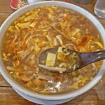 昌龍飯店 - 具沢山のスープ