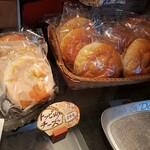 大栄軒製パン所 - 料理写真: