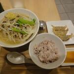 T's たんたん - 野菜たっぷりタンメンCセット