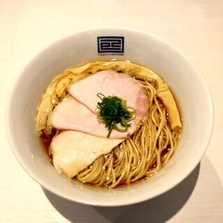 淡麗スープの洗練された味わい『特製淡麗醤油らーめん』