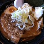14725148 - 黒坊太肉麺