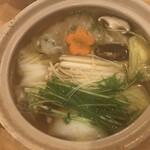 味餃子専門店 味奉行 - 海老餃子