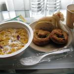 赤坂グランベルホテル - 朝食はセルフで部屋へ持参