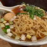 Ramenuxokakicchin - 味玉醤油1350円麺リフトは出来ない
