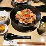 丸松 - 和牛いくら丼(ライス300g) ¥1,518-