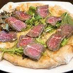 PASTA&PIZZA PANCAKE La PACE - ローストビーフガーリックのピッツァ
