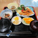 青木旅館本館 - ワカサギ定食