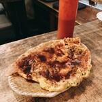 いか玉焼と串カツ マハカラ - イカ玉焼き  並 400円