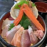 お食事処 かいがん - ( ⓞ⃘ ⺫ ⓞ⃘۶)۶ ੭ྀ海鮮丼